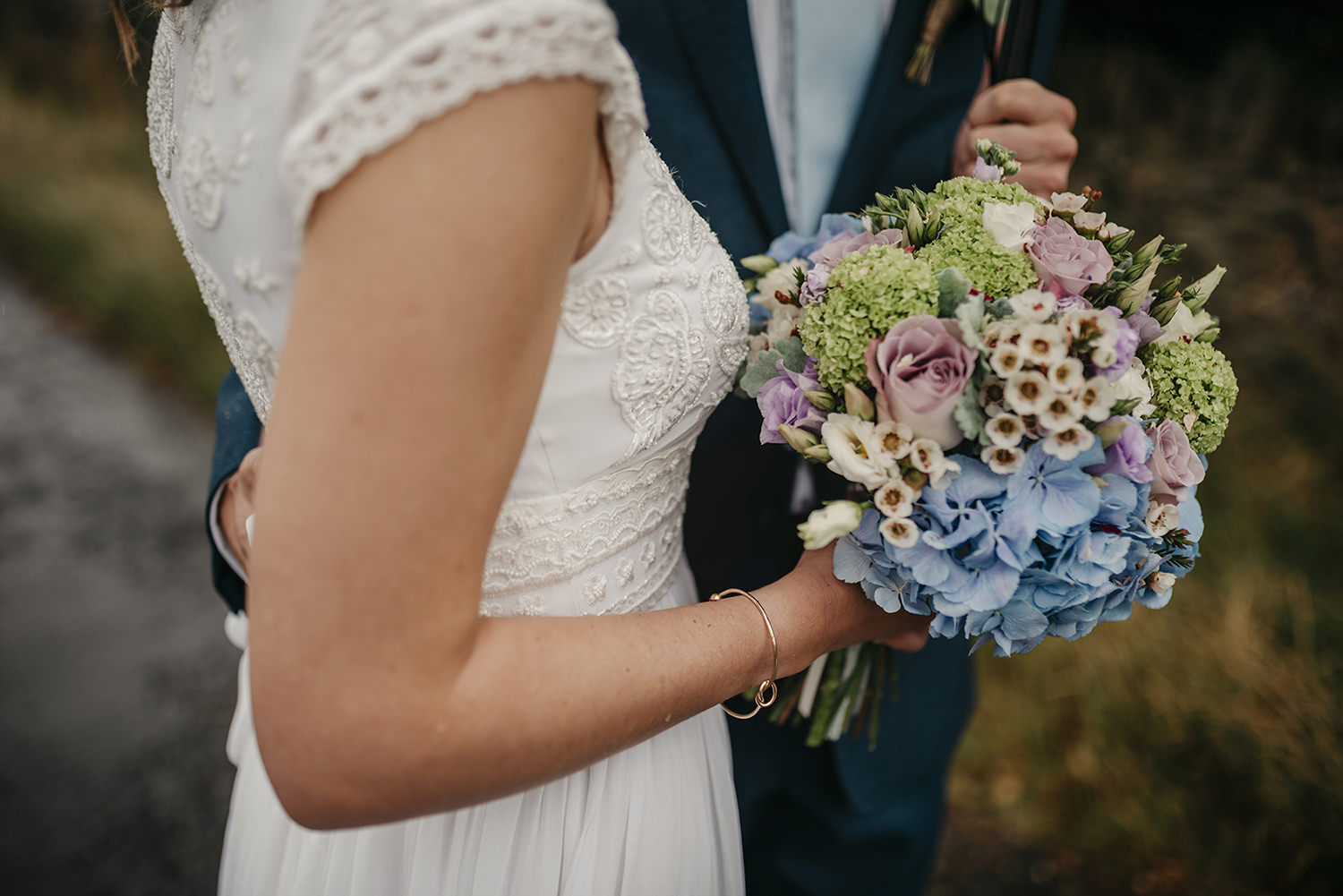 Bride's flower bouquet