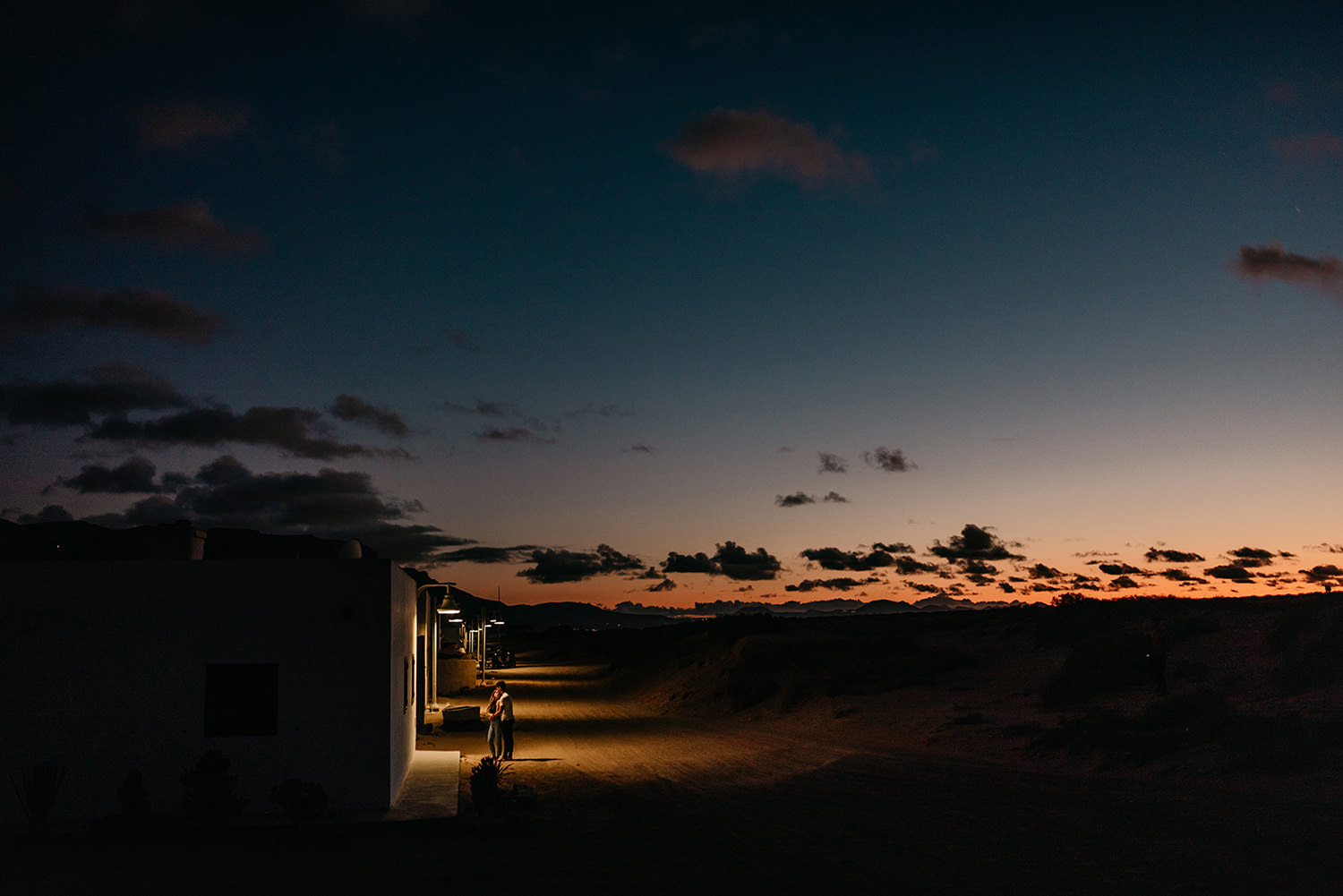 Elopement in La Graciosa after sunset