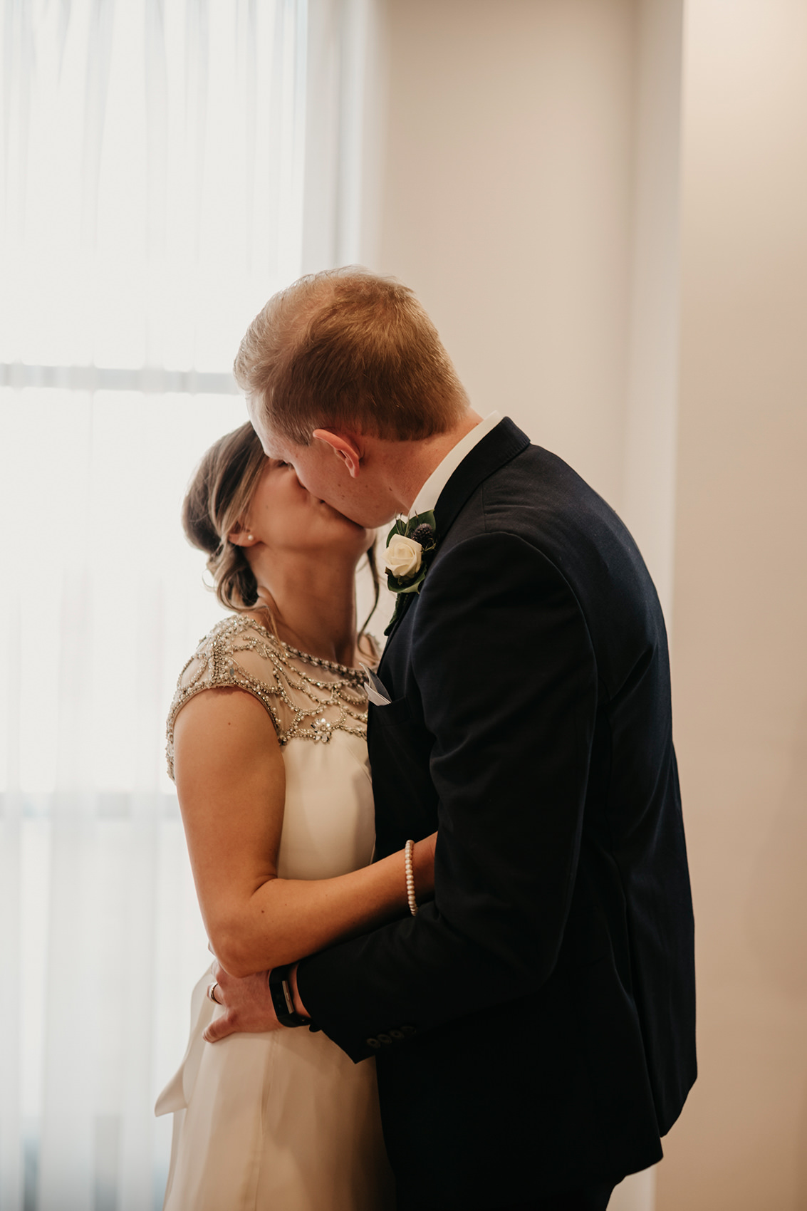 Louise and Ross's first kiss as a married couple