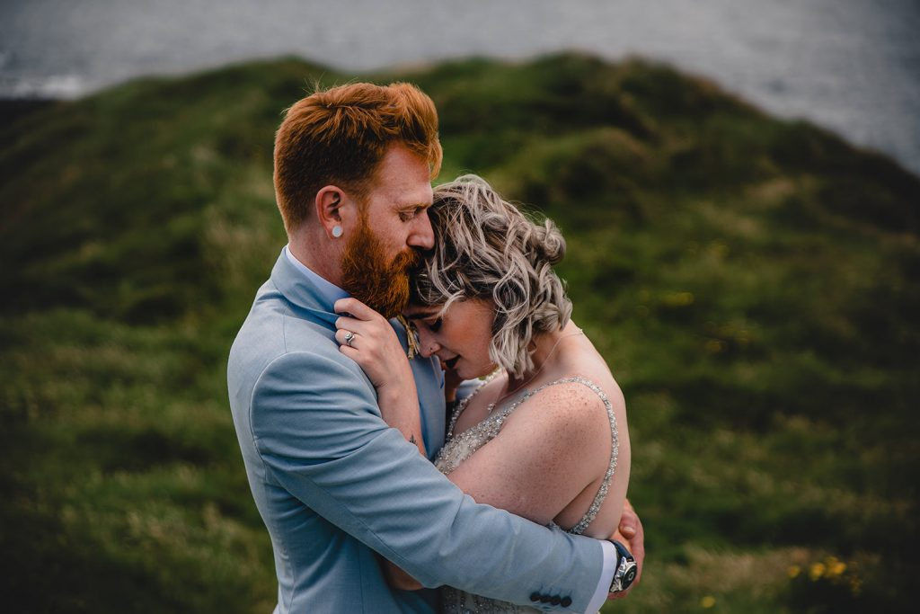 Outdoor wedding at Niarbyl bay