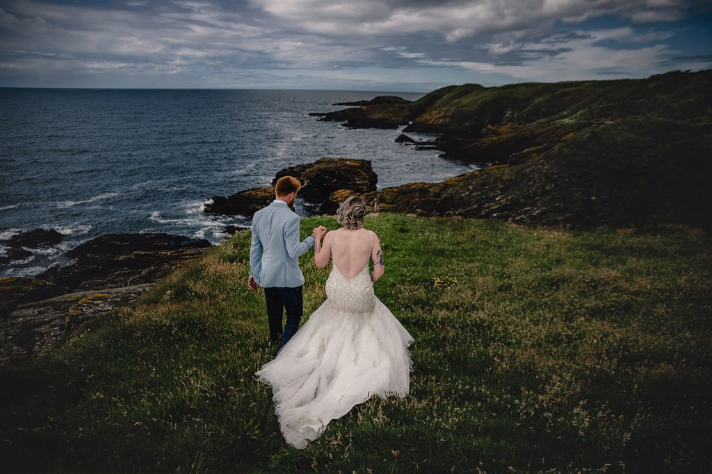 Outdoor wedding at Niarbyl