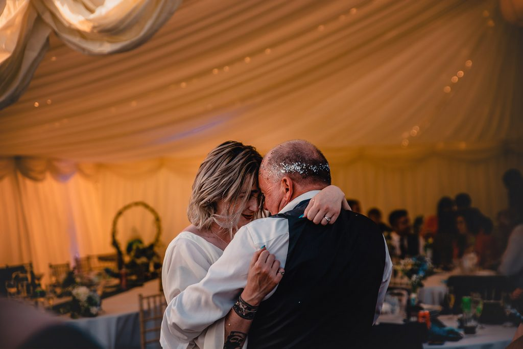 Father daughter dance at Niarbyl wedding