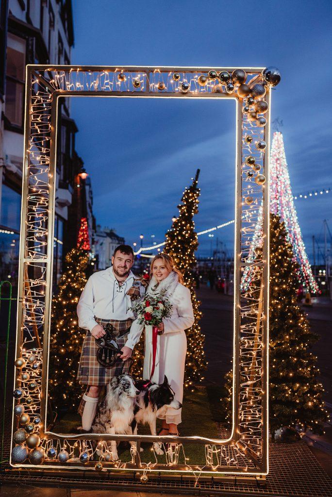 Christmas wedding in Douglas